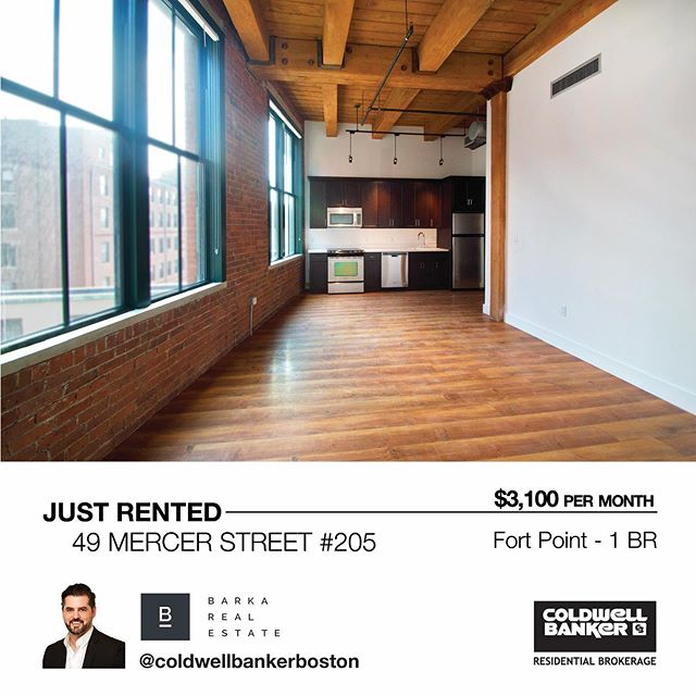 ⚡️Just leased- $3100/month for this unique 1 BR loft at 49 Melcher Street in Fort Point. One of the highest quality lofts and best locations in Fort Point. To get on the waiting list at 49 Melcher Street, DM for more info. @barkarealestate www.barkarealestate.com  #49Melcherlofts #FortPoint #seaportboston #realestateboston #boston #loft #loftstyle #coldwellbanker #fortpointchannel #artist