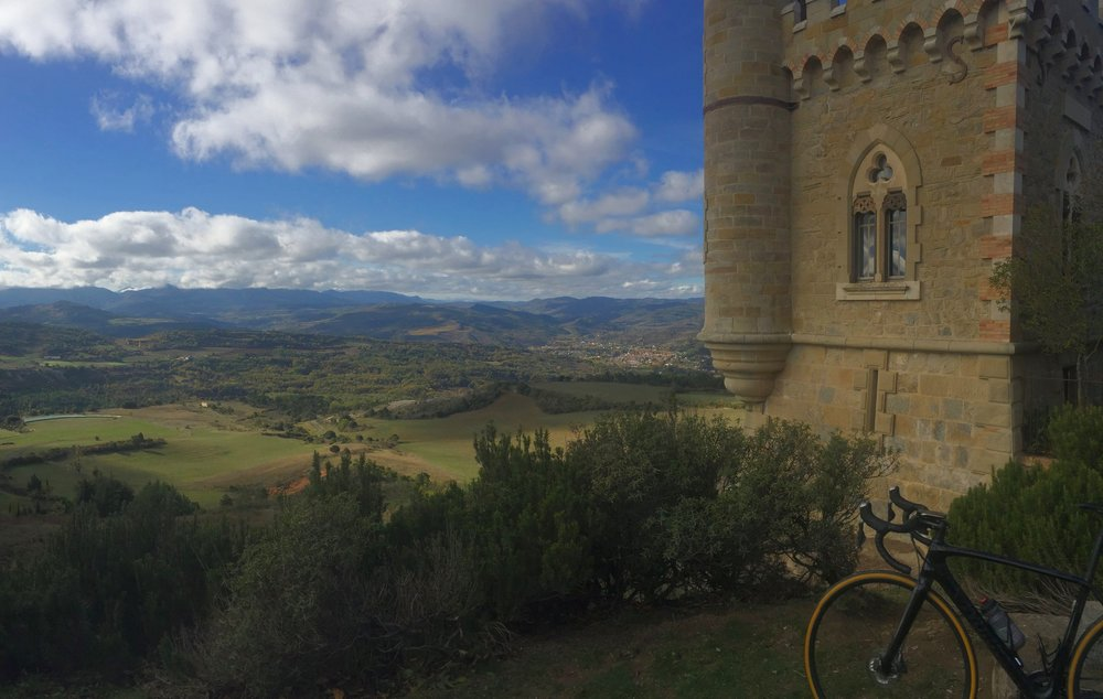 Spectacular view of the Aude valley.