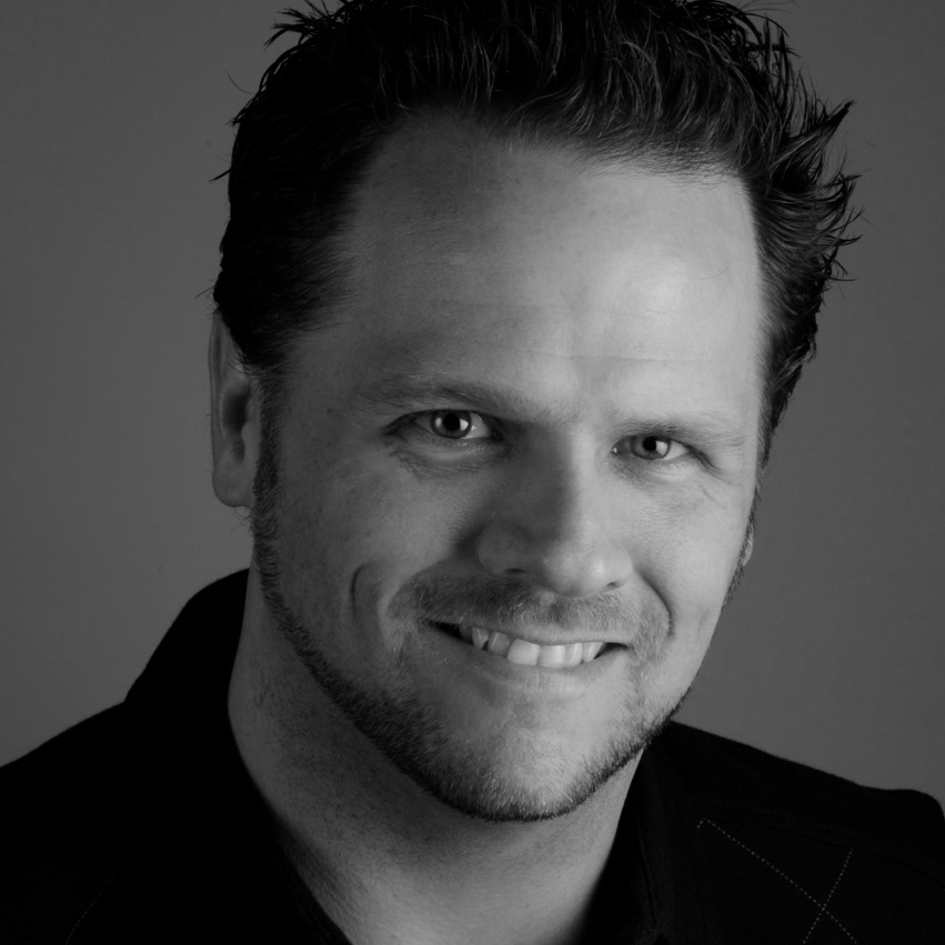 Derek FeatherstoneBW.png