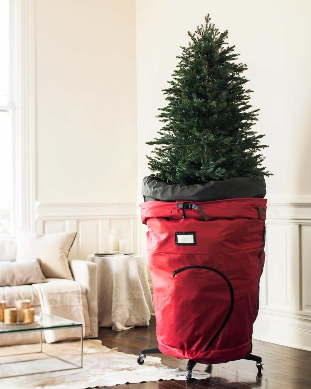 BALSAM HILL STG-1441000_Rolling-Christmas-Tree-Storage-Bag_Lifestyle-10.jpeg