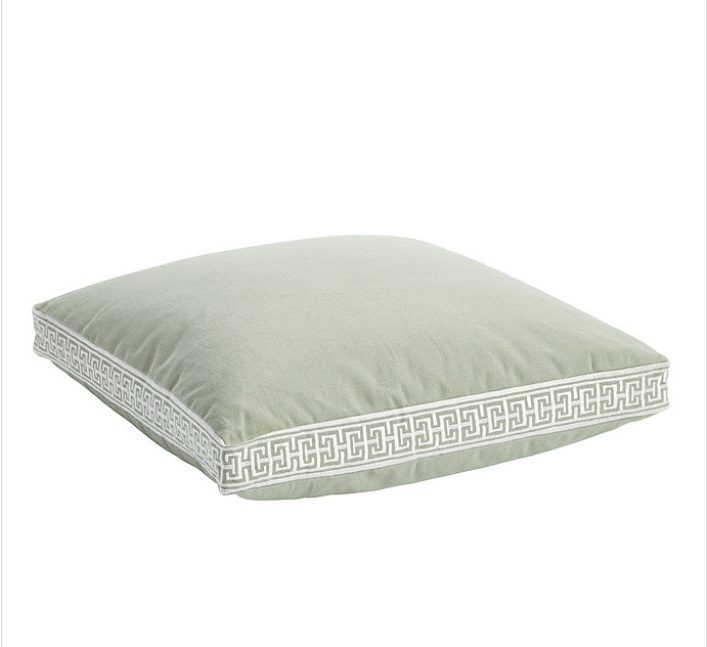 Embroidered Box Edge Pillow