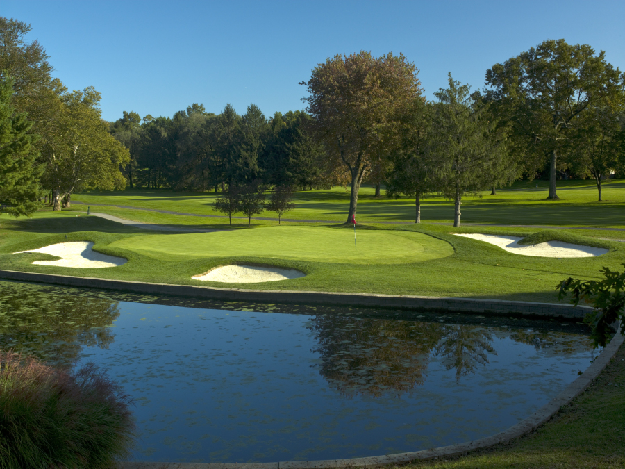 White Beeches - A Walter Travis design from 1918.  Upgraded to modern standards, with exciting new developments planned for 2018.If you love golf, then White Beeches has 18 ways to wow you every day.  The course has hosted several sectional qualifiers for professional events, and our professional staff and greens staff ensure the greens are always running fast and true.