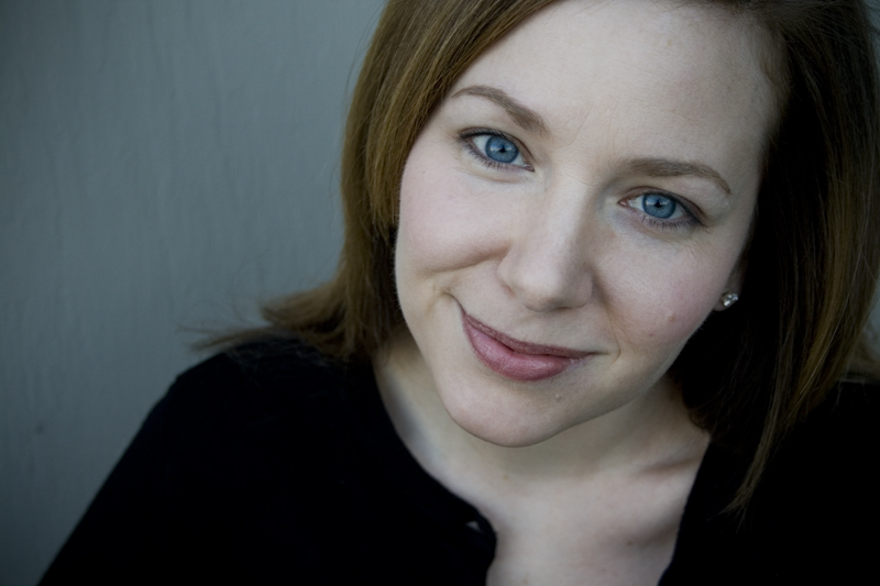 Amy Brooks Headshot.jpg