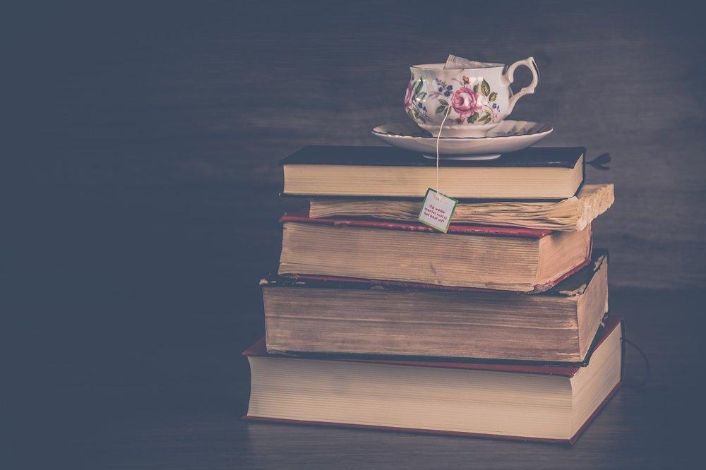 e-books & spread books - e-books and original tarot spreads collections