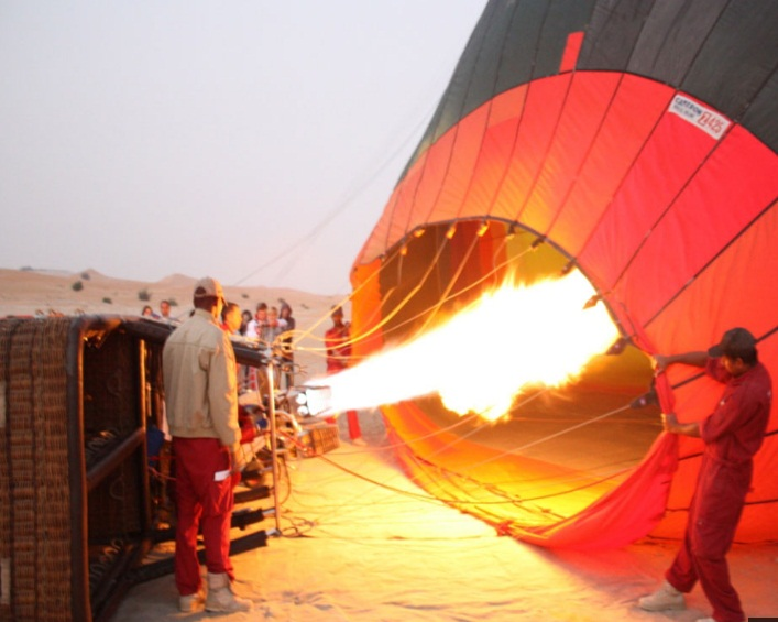 hot air - hot air balooning - beyond dubai.jpg