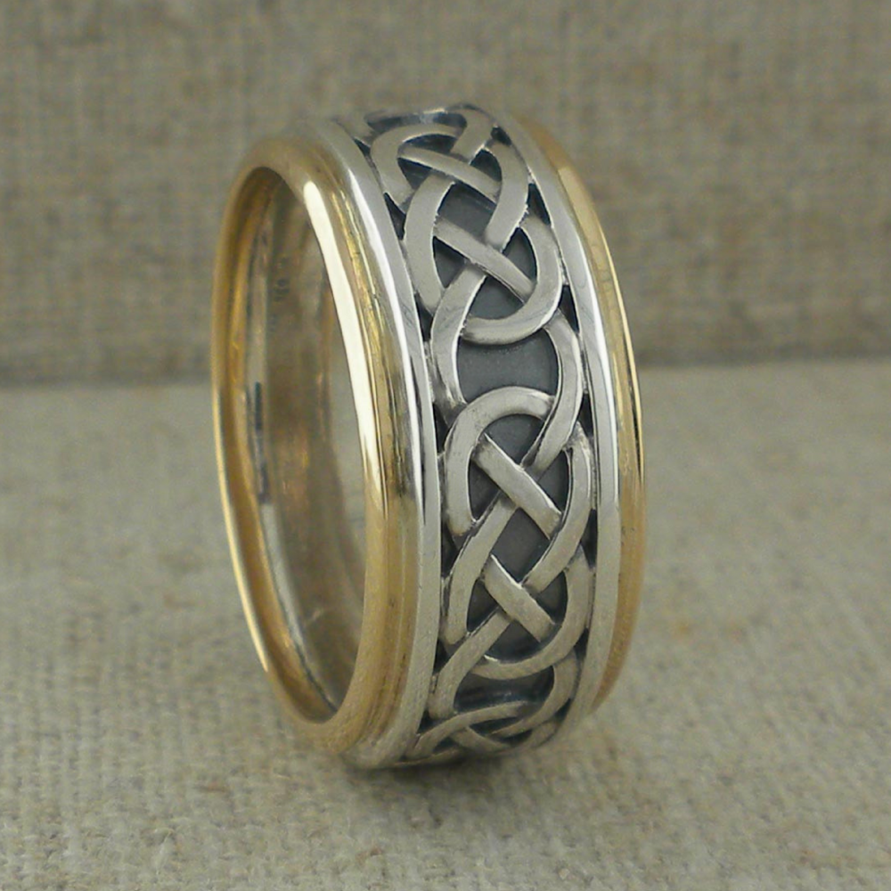 Moidart Celtic Knot Wedding Ring