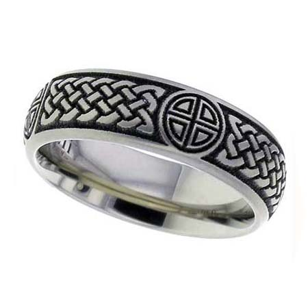 Bold Celtic Wedding Ring