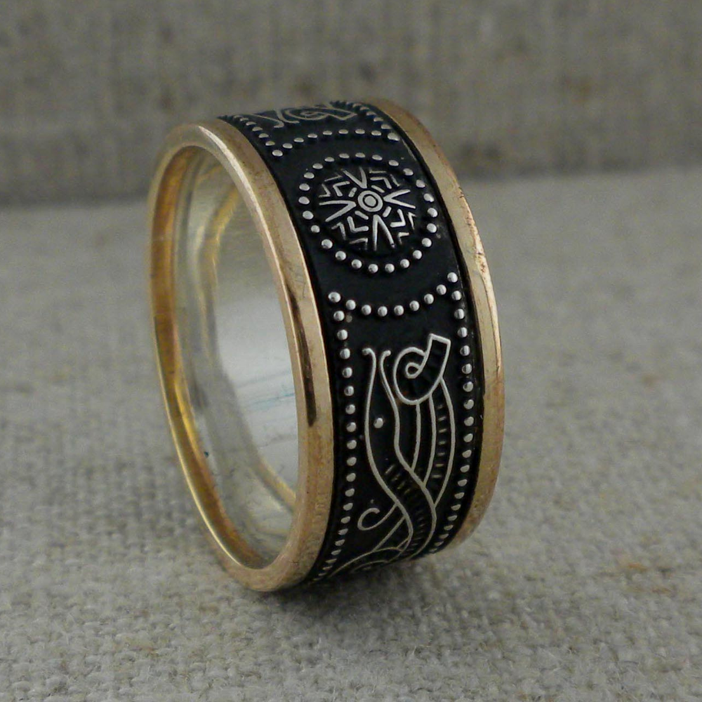 9 mm Celtic Warrior Shield Wedding Ring with Trim