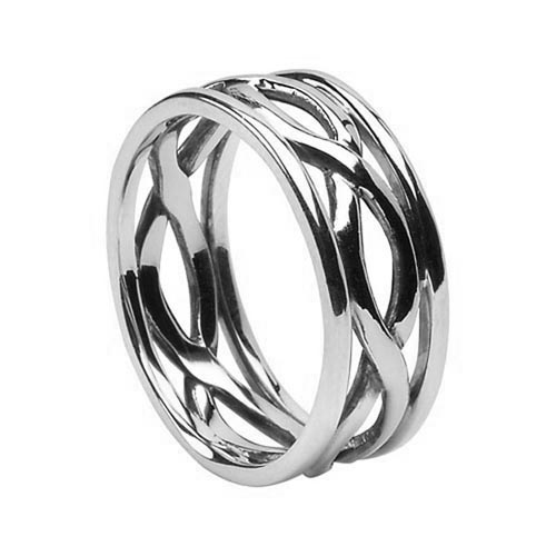 Celtic Wedding Ring by Boru
