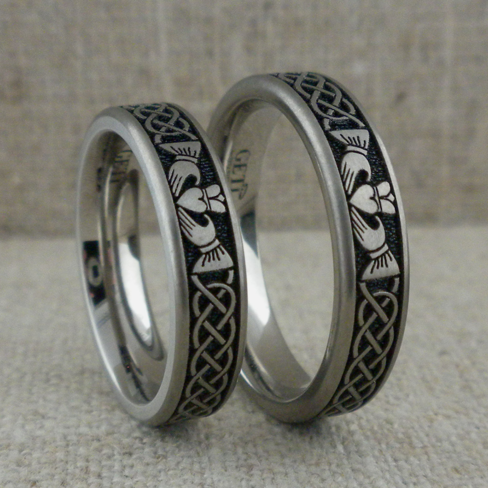Claddagh & Celtic Knot Wedding Ring in Titanium