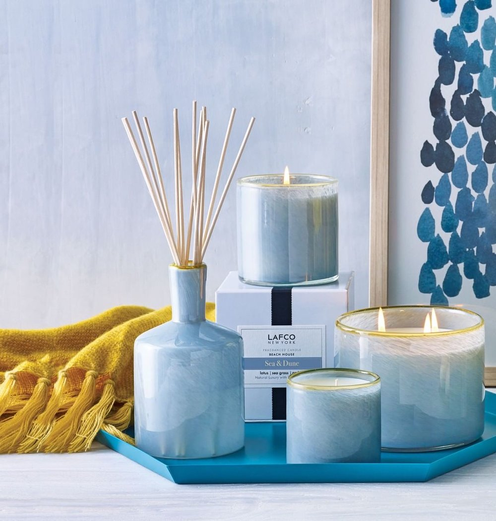 Sea & Dune: Watery blue lotus and beach grass settle into an amber-sand accord with a tiny hint of ginger.