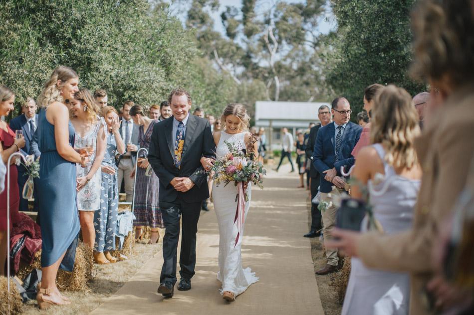 Freshwater_Creek_Cottages_Australian-rustic-farm-Wedding-24.jpg