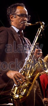 art-themen-portrait-of-the-british-jazz-saxophonist-performing-at-erfm2g.jpg