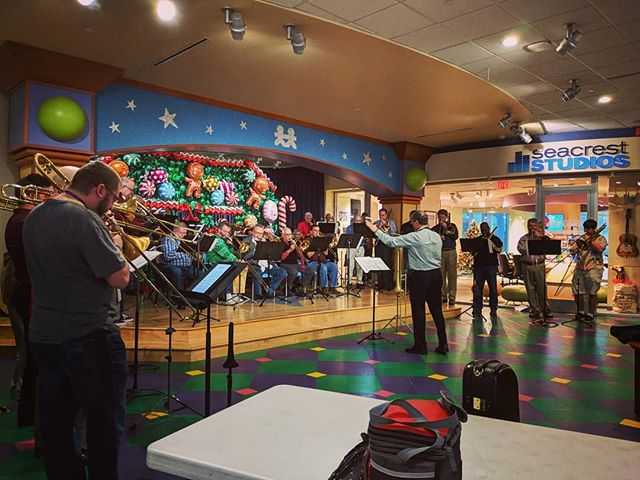 Members of the Music City Brass Ensemble play with many other local groups. Here is the trombone choir, Bone Therapy, bringing some holiday cheer to patients, families, and staff at the Vanderbilt Children's Hospital! #nashville #musiccity #brass #trombone #tuba #christmas #jazzychristmas #forthekids