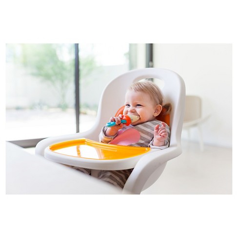Silicone Feeder - We ended up giving these a try after using mesh baby feeders (they were gross). I love using these when we're on the go!