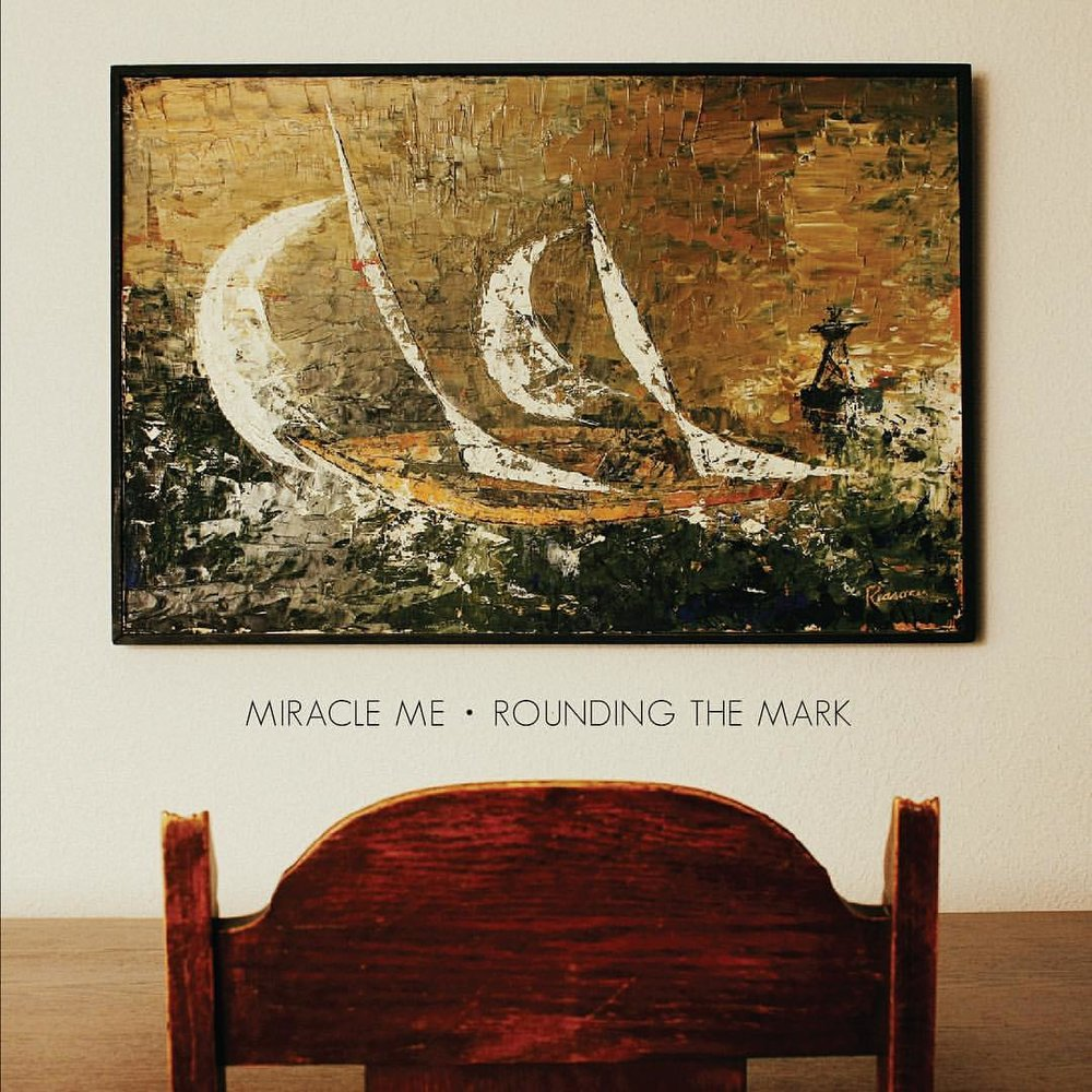 Miracle Me - Rounding the mark