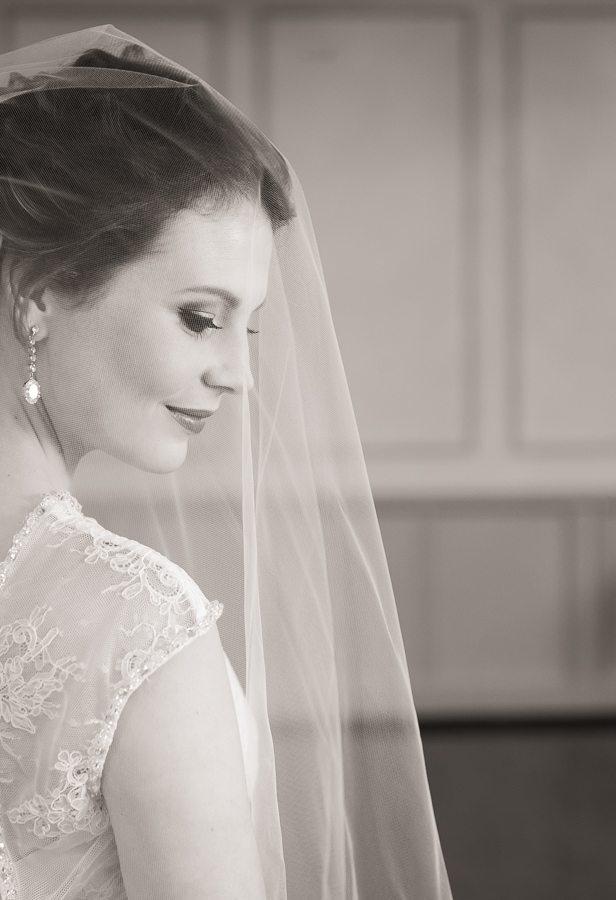 Bridal Portrait Ontario Wedding Photographer Rebecca Nash Photography-3.jpg
