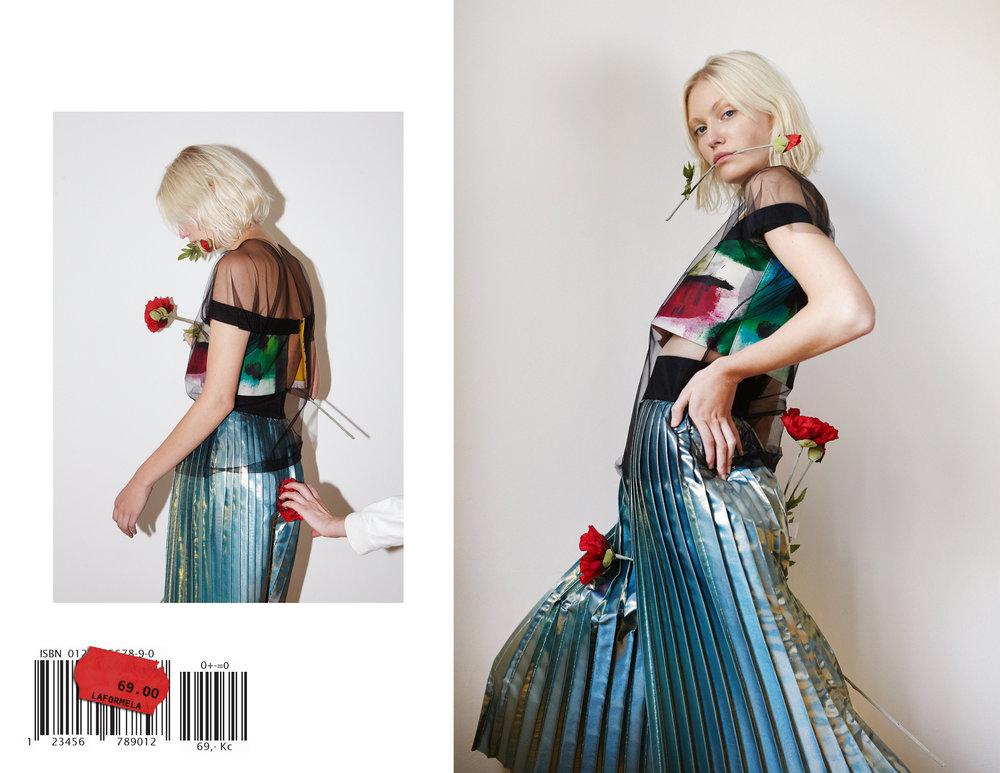 Poppy sticker2.jpg