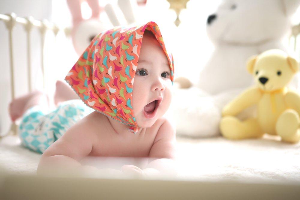 Baby 1 - group abchild petit.jpg