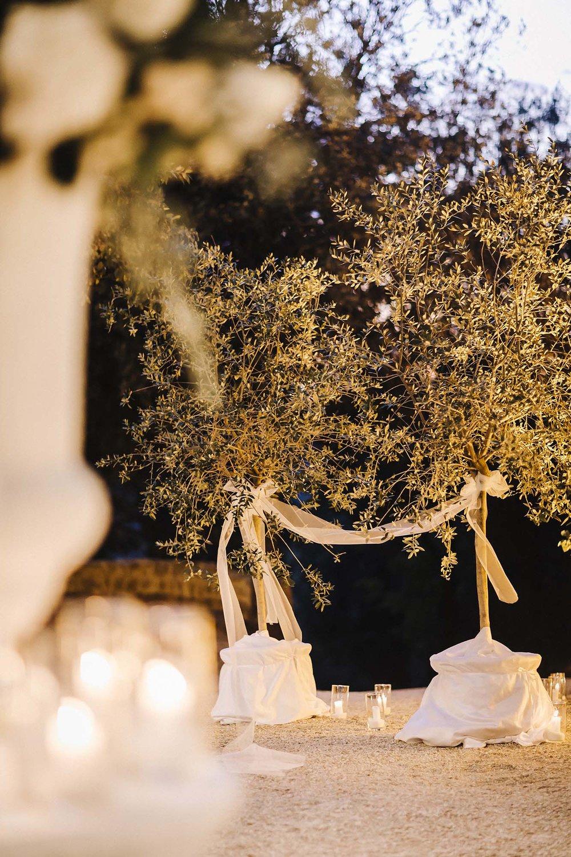 Wedding Decorations Rosciano Castle Italy.jpg