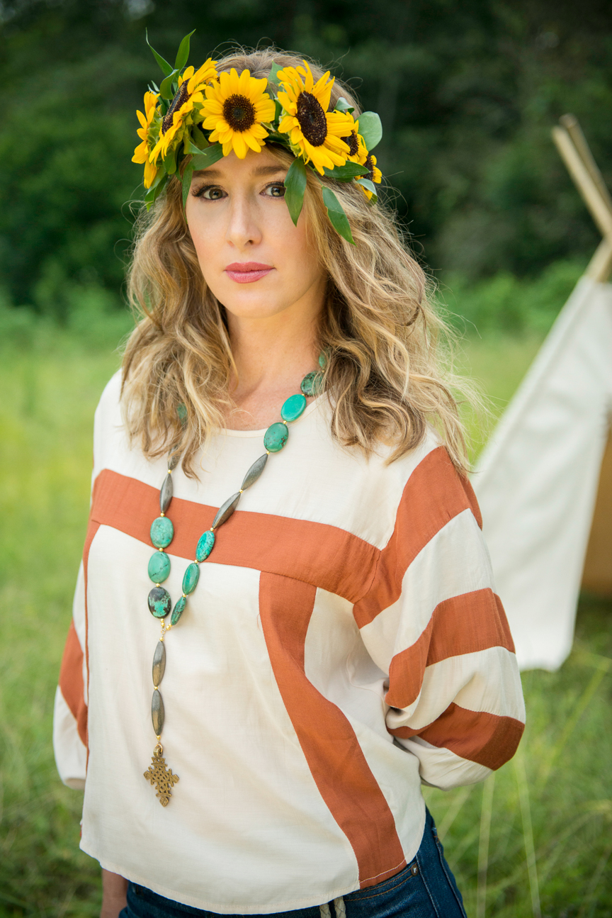 Boho Fall Fashion | Fall Outfit Ideas | Boho Outfit Ideas | Free Spirit | Flower Crown | Flower Crown Inspiration | Colorful Fall Outfits | Paprika Southern
