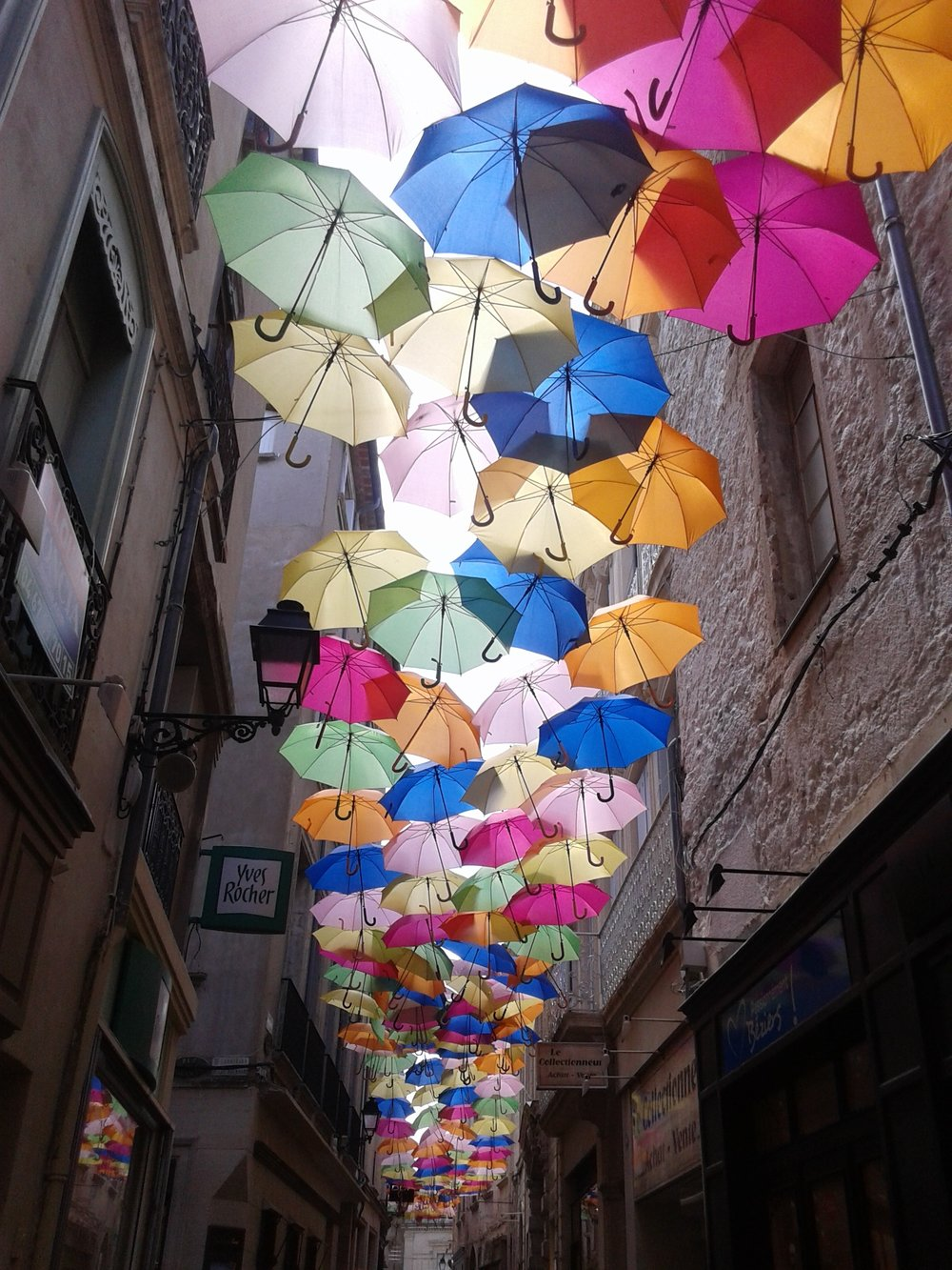 umbrella-street-color-1678327.jpg