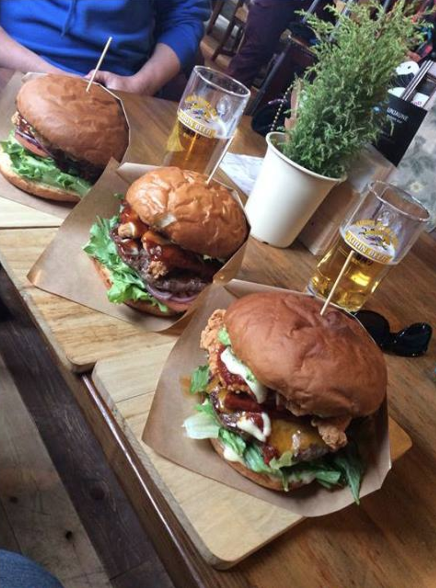 Unjaune Madarao burgers