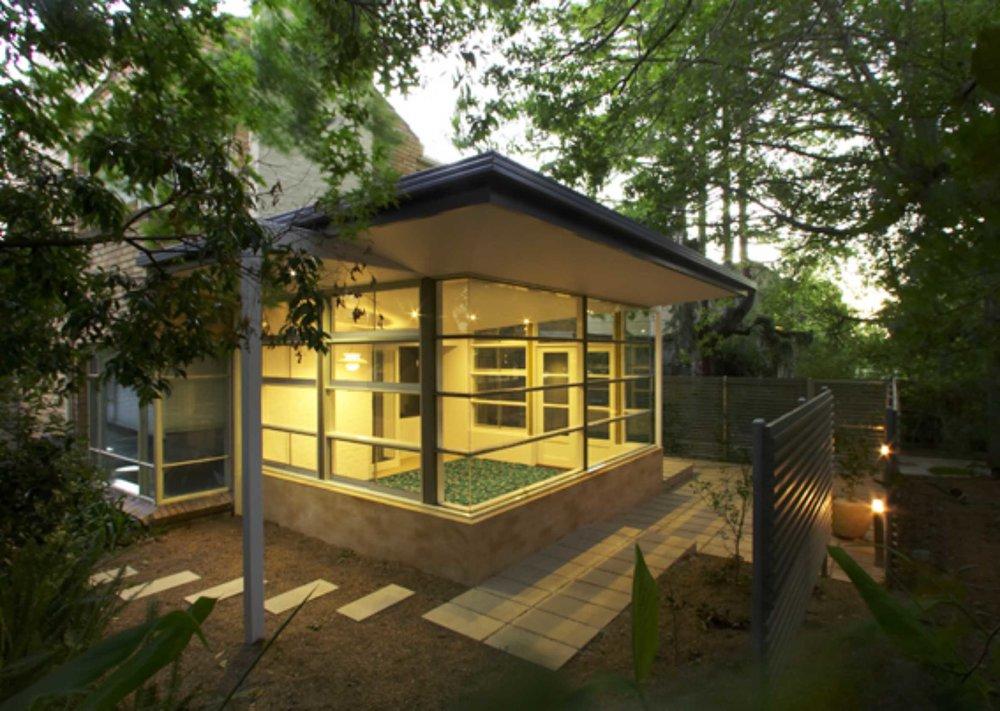 Residential, Kew
