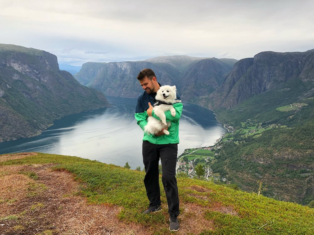practical information - Time: 4 hours (start and end in Flåm). Actual hiking time is 3 hours.Distance: 5,4 km hike / Height difference: Ca. 320m.The hike is steep and requires medium fitness level. Not recommended if you have knee or back issues. Good shoes and outdoor clothing.Hike with guide is only available on request.