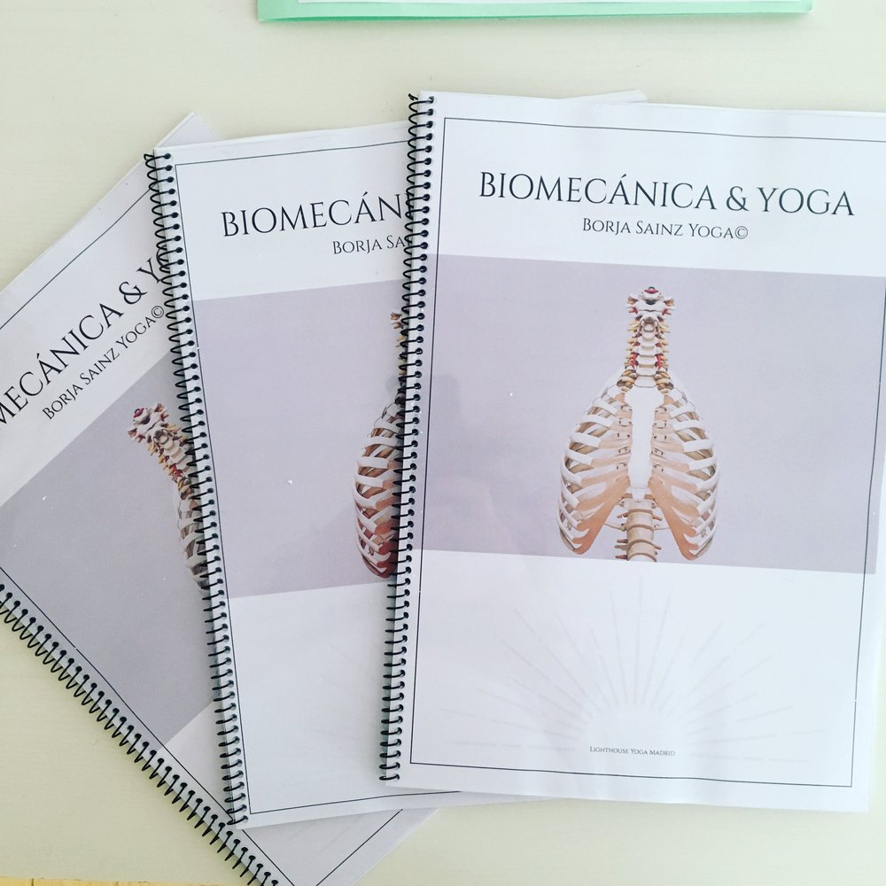 Manual biomecánica.JPG