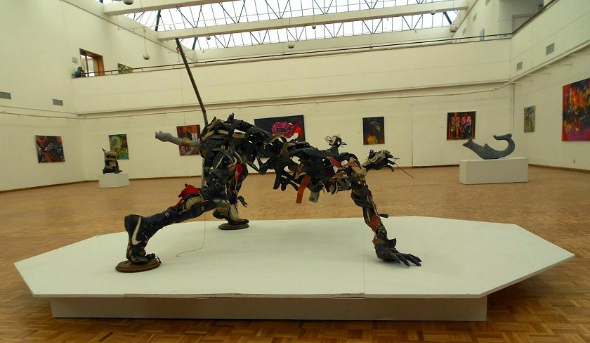 Artwork-on-display-at-the-National-Gallery-of-Zimbabwe-in-Harare.jpg