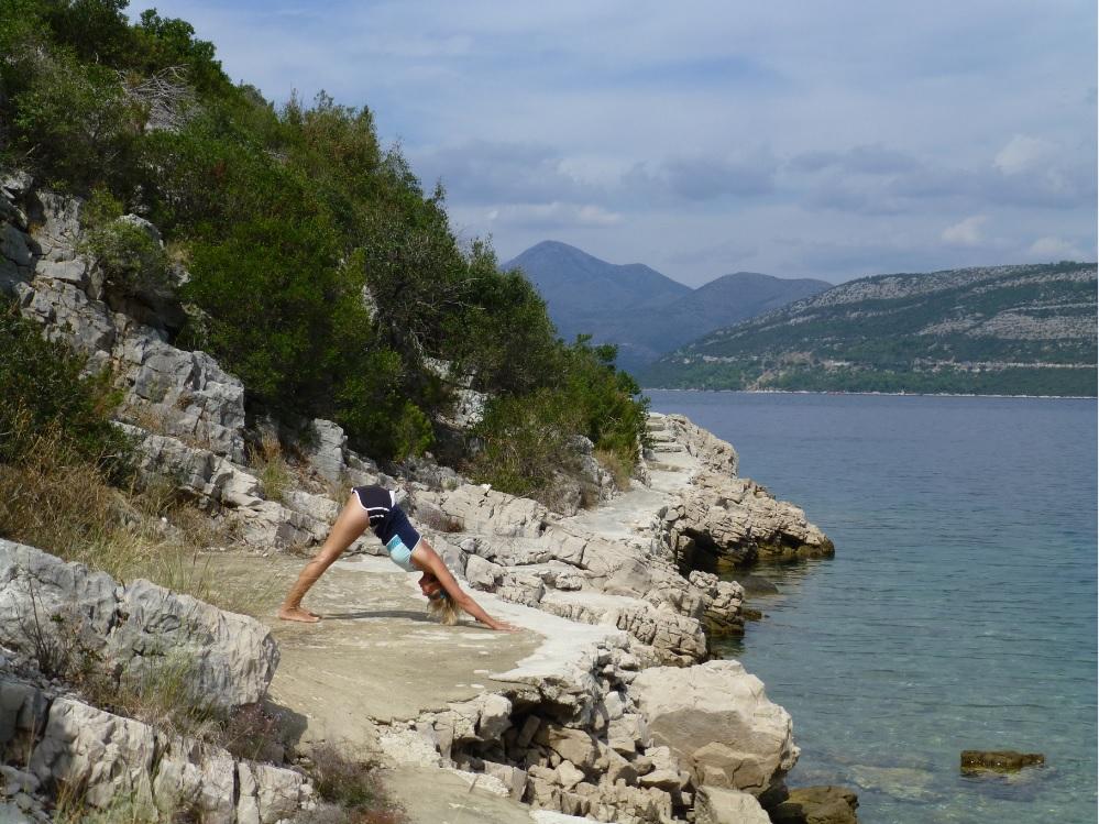 tori yoga.jpg