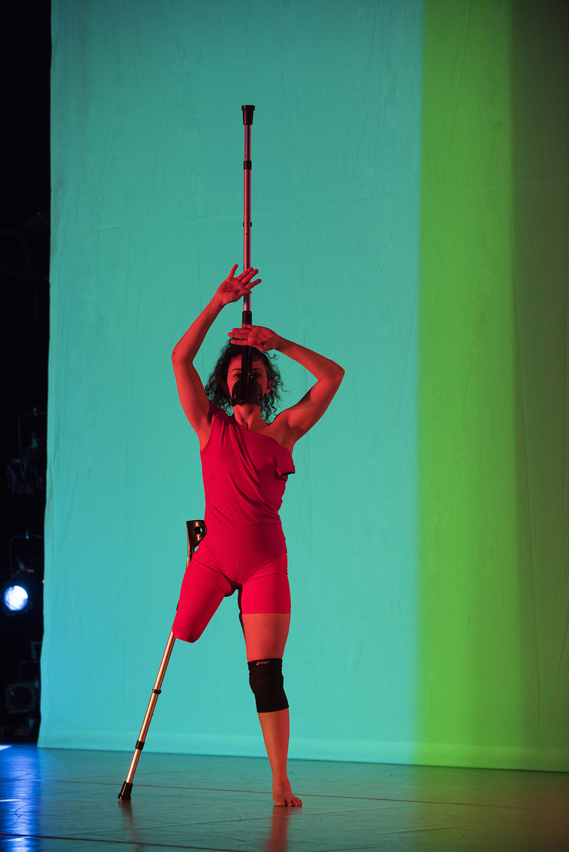 Photo: Hugo Glendinning. Dancer: Mickaella Dantas