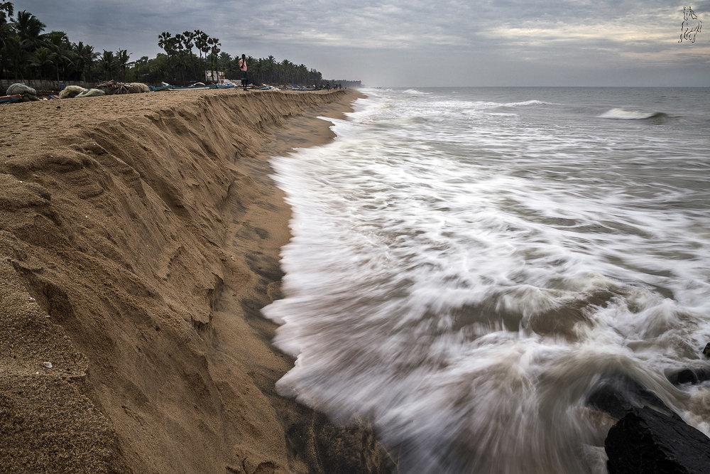 Beach wave streak.jpg