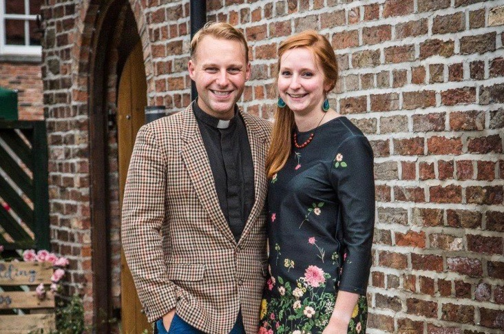 Leadership - Our Minister Charlie Lamont came to St Andrews in July 2018. Charlie's appointment was made through the coming together of many churches in Southwark diocese, to revitalise the work at St Andrews'. The Good Stewards trust and the Diocese of Southwark along with the current members at St Andrews' have jointly funded a full Stipend, enabling Charlie, Hannah and their son Ezra, to come and minister in the Gospel here.If you would like to speak with Charlie further, or explore baptism, marriage or would like to book a funeral please contact him here.