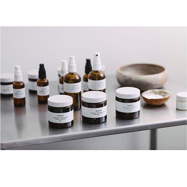 @honestskincare's range of #calming #balancing & #nourishing cleansers, toners & moisturisers cater for all skin types from sensitive, right through to  to those prone to outbreak. The ingredients are all natural and we trust their quality and integrity, this is why they are used in our facials and available to purchase in our shop and our online store. Facial and massage appointments are available to book for this Saturday via the website. Image @honestskincare.