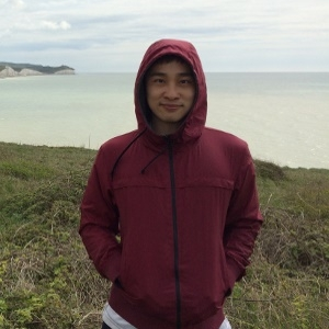 Benjamin Chew - Benjamin is PhD student interested in the neural mechanisms underlying decisions and motivational states.