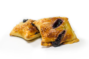 blueberry-pie-bites-frozen-strudel-bites-clean-label-pastries.jpg