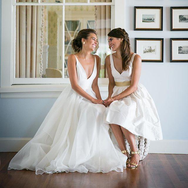 Sisters❤️❤️❤️ . . . #capewedding #capecod #capecodewedding #sisters