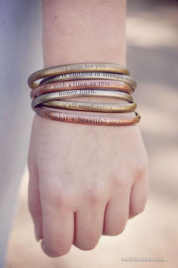 bracelets_jpg_a592e3bb-13cf-4fc6-9aa6-d81596ccd9b8_590x.jpeg