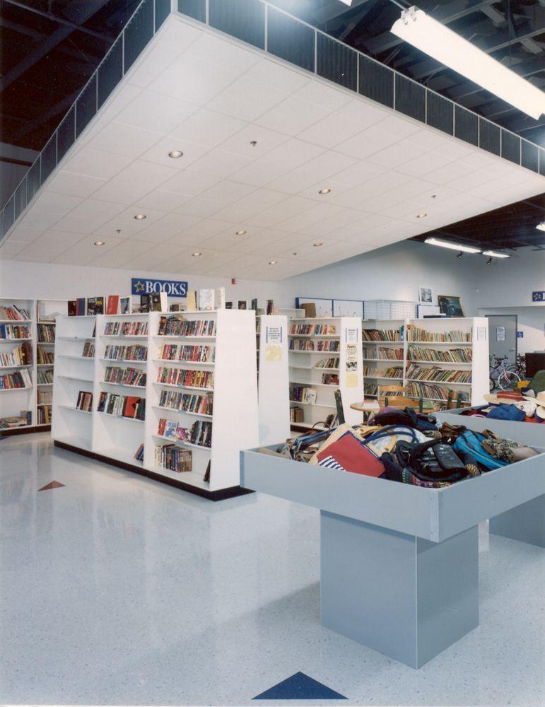 9737Goodwill Bellingham Books.jpg
