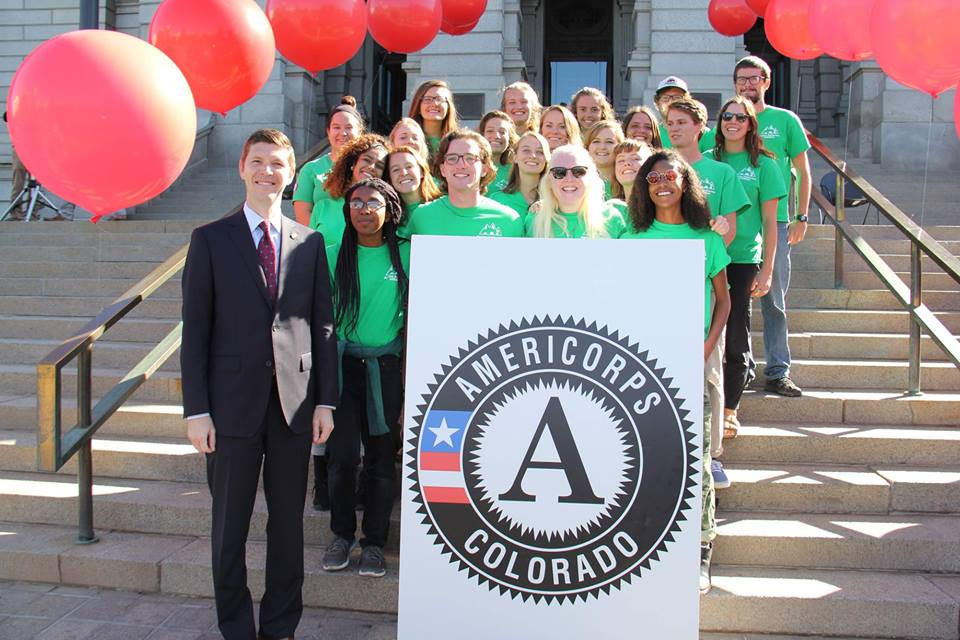 Our 2018-2019 class of AmeriCorps members hangin out with Chester Spellman, CNCS' Director of AmeriCorps!