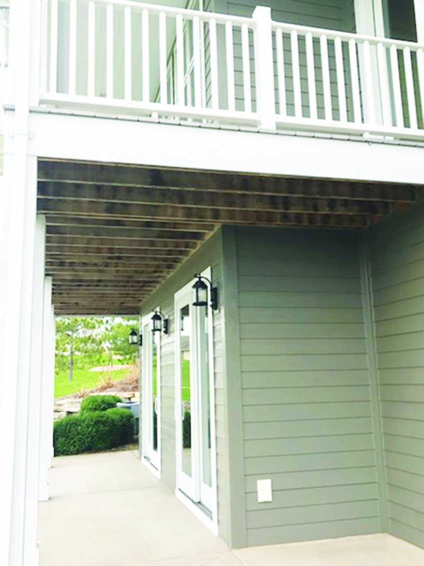 Without UpSideDeck Ceiling -