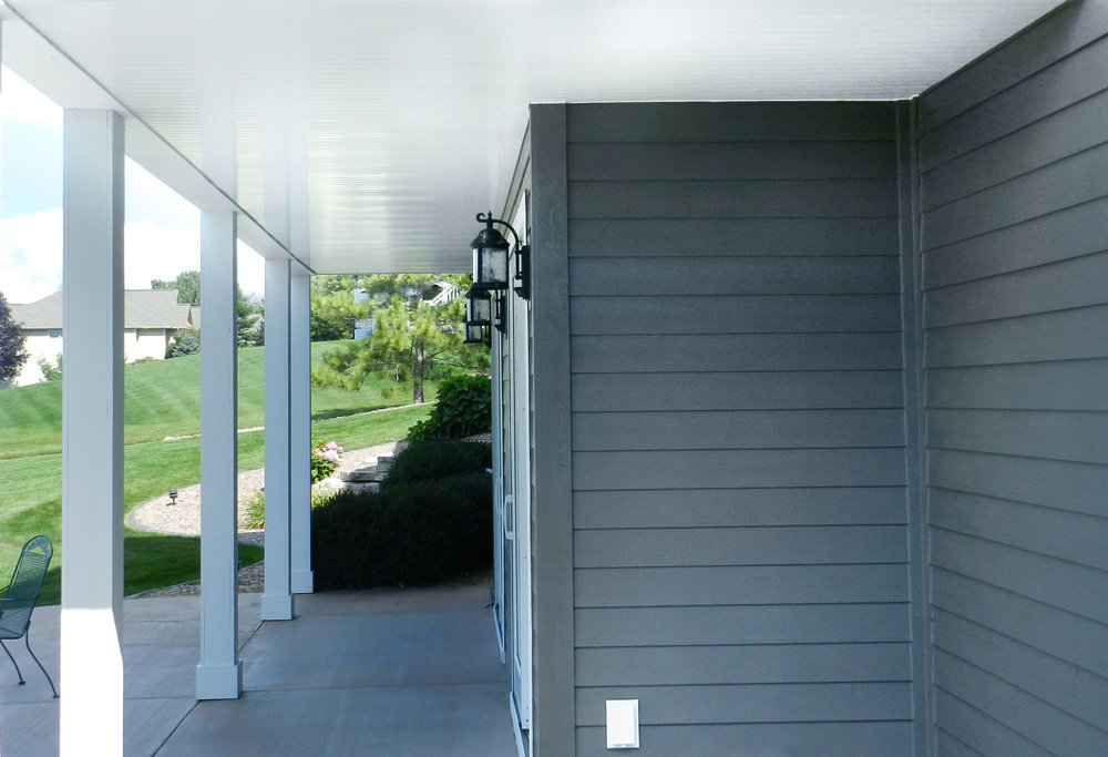 With UpSideDeck Ceiling -