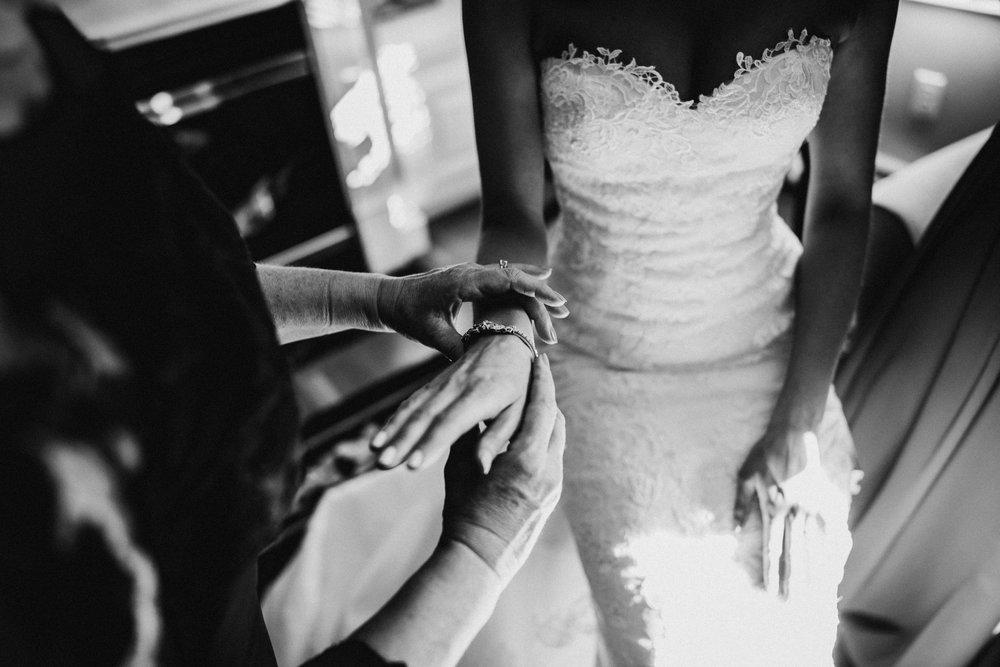 Rosecliff-Mansion-Wedding-Newport-15.jpg