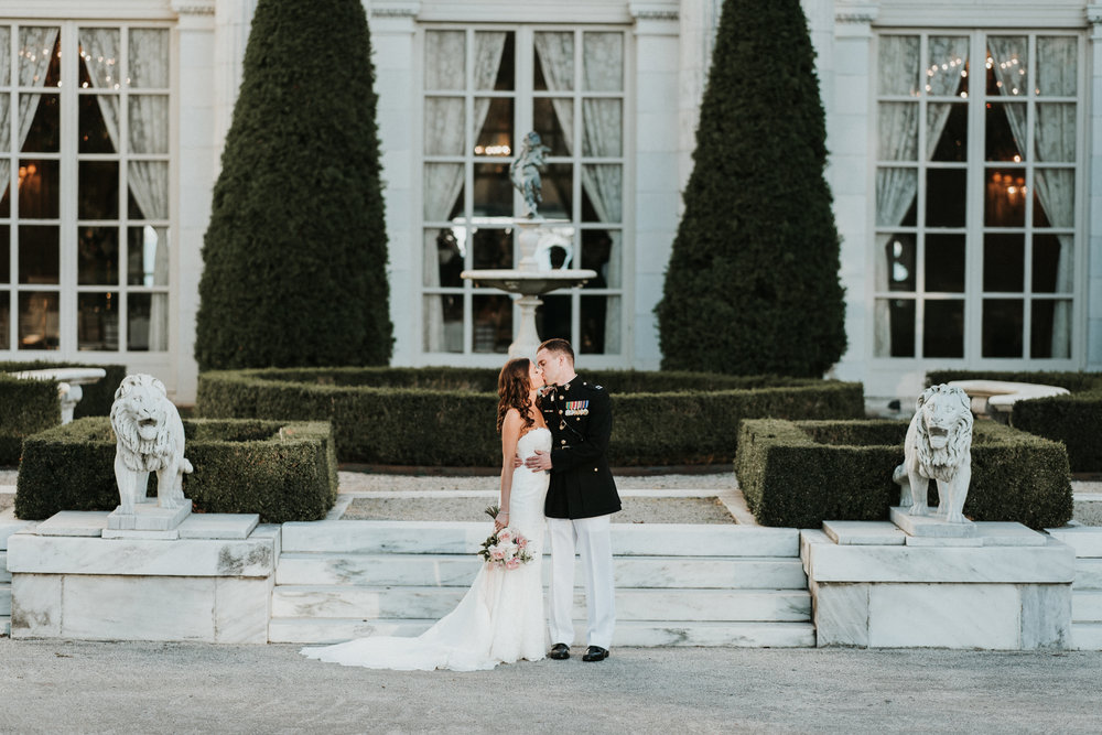 Rosecliff-Mansion-Wedding-Newport-32.jpg