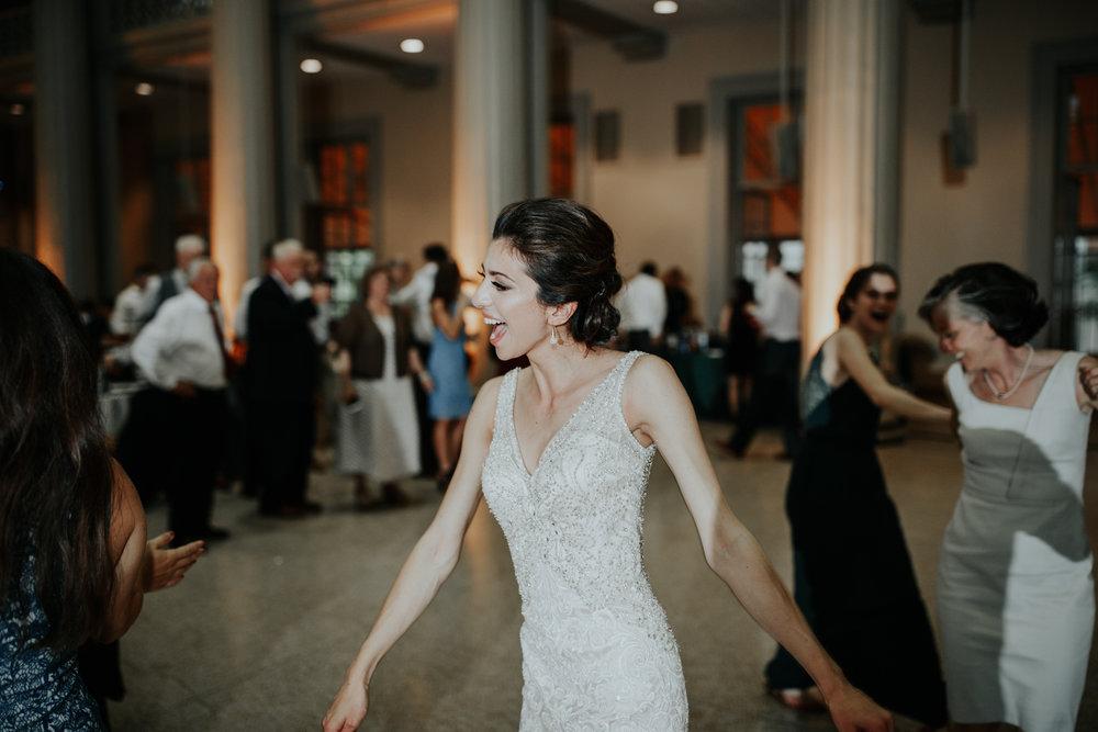 MIT-Wedding-Photographs-119.jpg