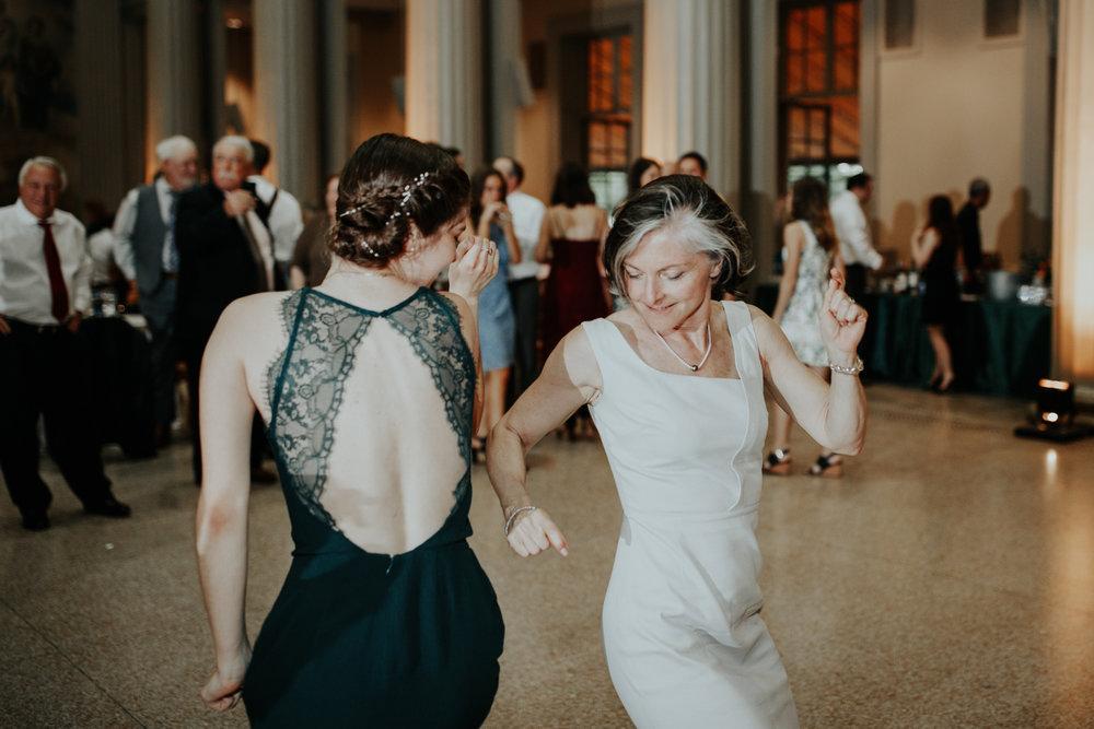 MIT-Wedding-Photographs-121.jpg