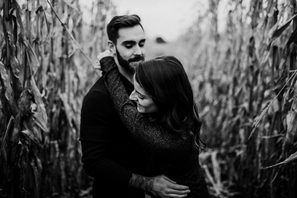 The-Farmers-Daughter-Engagement-Session-1.jpg
