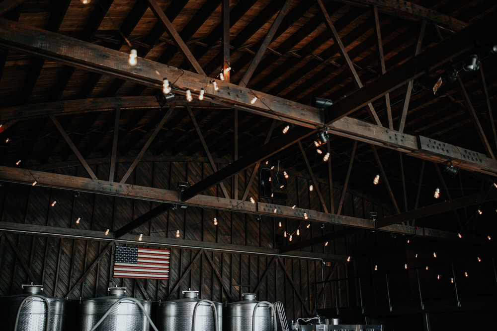 Saltwater-Farm-Vineyard-Wedding-9.jpg